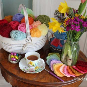 More about the macaroons blanket…