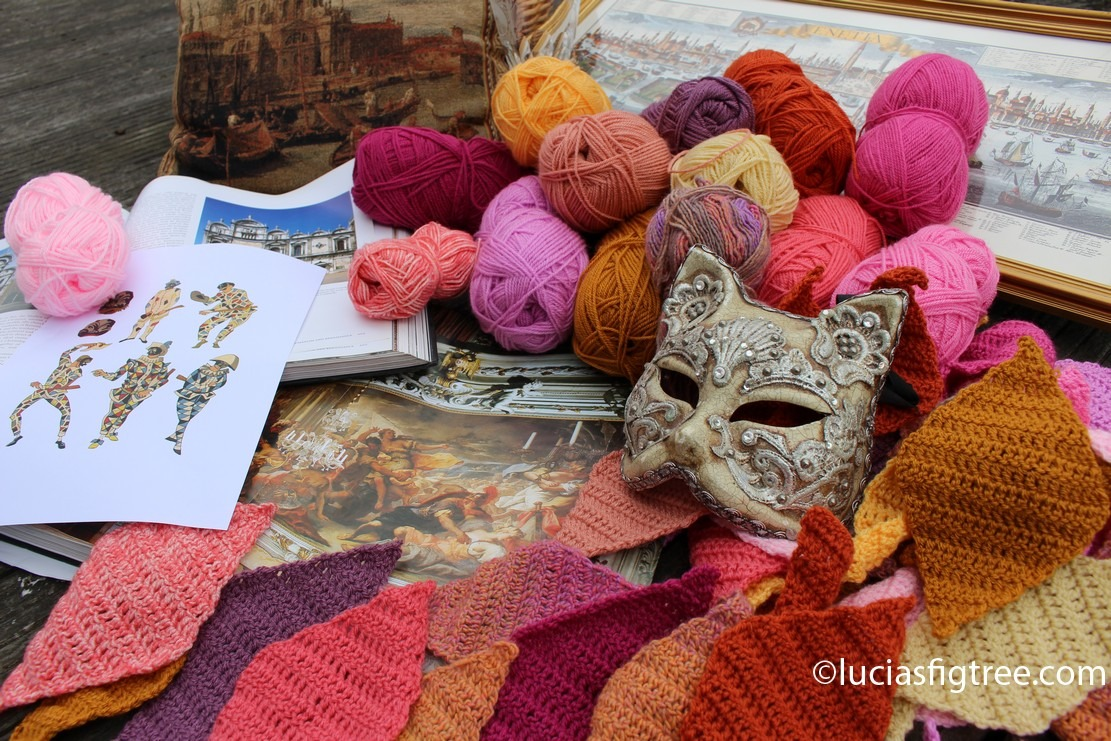 July's blanket: A white rabbit, Venice,brocade and Arlecchino…..