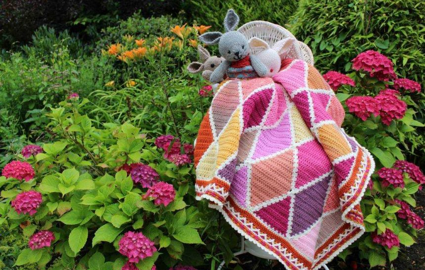 JULY IS NEARLY OVER…THE HARLEQUIN BLANKET'S DETAILS